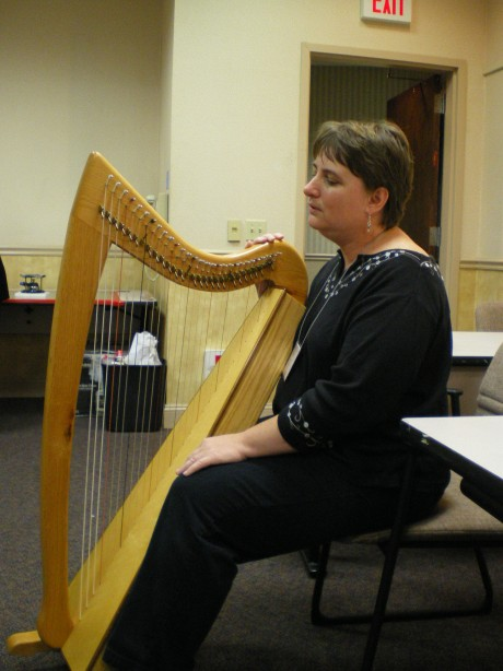 Deryn Rocket, harpist from Maine